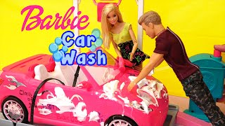 Barbie Dolls Car Wash Toys - Skipper, Chelsea, and Stacy Decorate Barbie's Car and Ken Washes It