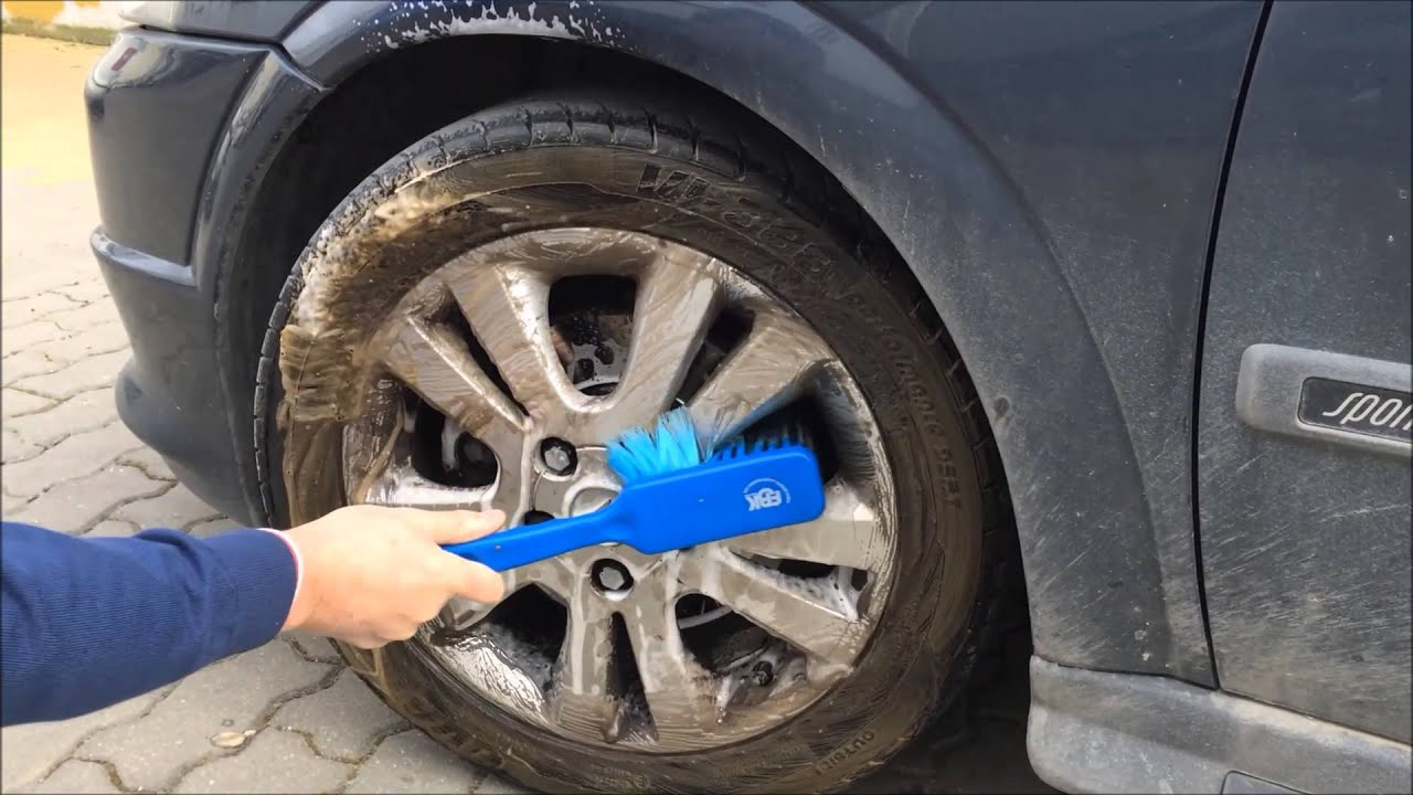 Lavando el coche - 3 8