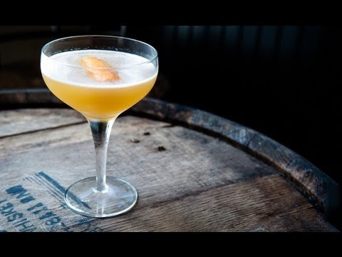 How to Make a Brown Derby Cocktail - Liquor.com - YouTube