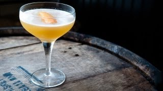 How to Make a Brown Derby Cocktail - Liquor.com