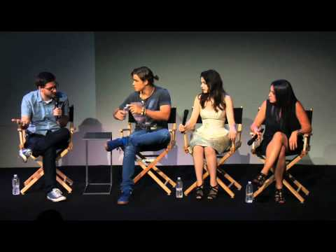 Brenton Thwaites & Odeya Rush: The Giver Interview