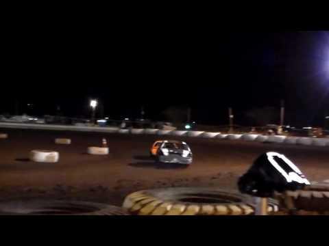 Gary Pescador #01 12/2/16 Heat 1 Paradise Speedway Maui