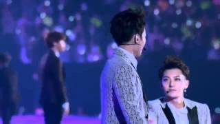 [11] EXO - Love , Love , Love (Rearranged) [Present in The Lost Planet Concert]