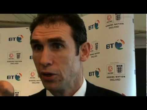 Martin Keown on Fabregas and why Arsenal desperately need a trophy