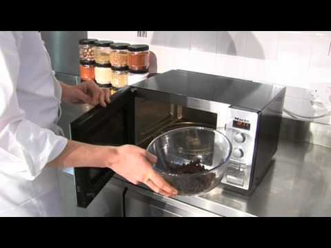 How to melt chocolate in the microwave - YouTube