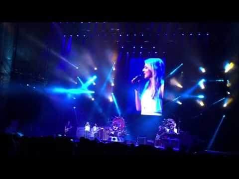 Foo Fighters with Jewel - Stop Draggin' My Heart Around