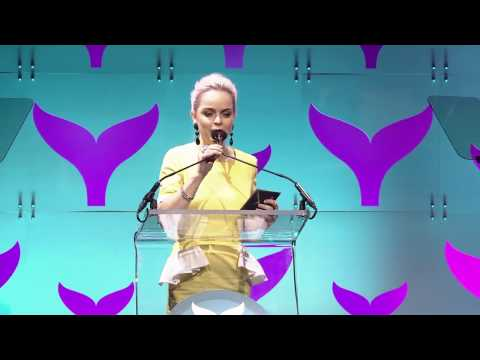 Taryn Manning Introduces the Viner of the Year