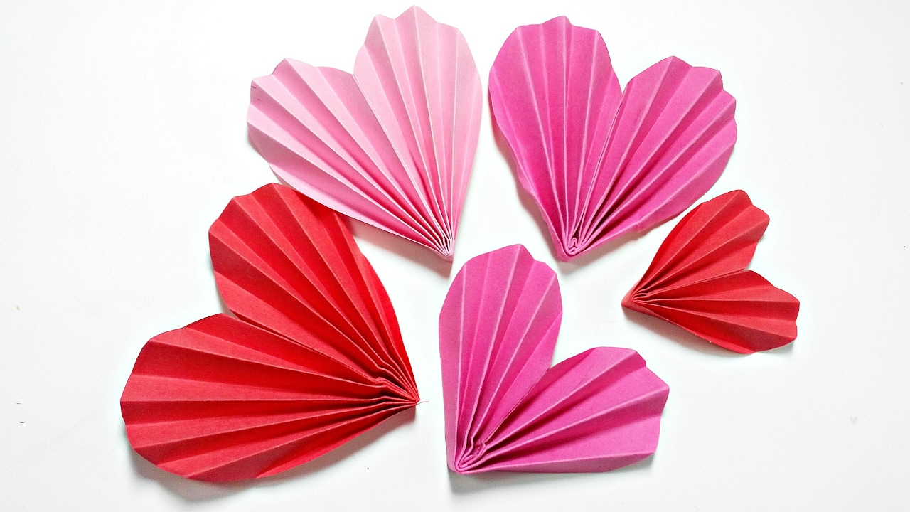 Origami heart 3d for decoration diy crafts paper hearts for How to make a paper design
