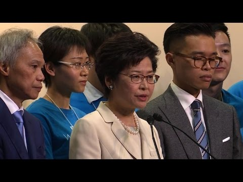 Hong Kong tem mulher à frente do Executivo
