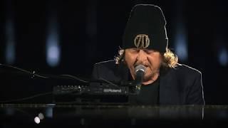 Смотреть клип Zucchero & Bono - Canta La Vita