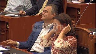 Report TV - Fjalimi i Berishës për dashuri e xhelozi, merr duartrokitjet e PS