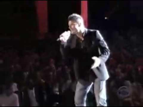 Muevete Duro - Ricky Martin