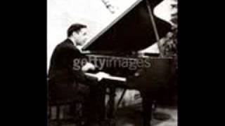 "Oscar Levant plays Gershwin ""I Got Rhythm"" Variations"