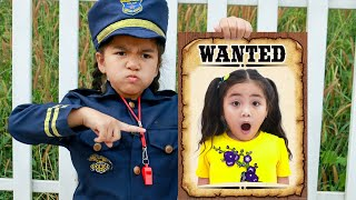 Annie and Suri Pretend Play Police Chase Story for Kids | Funny Costume Dress Up Video for Children