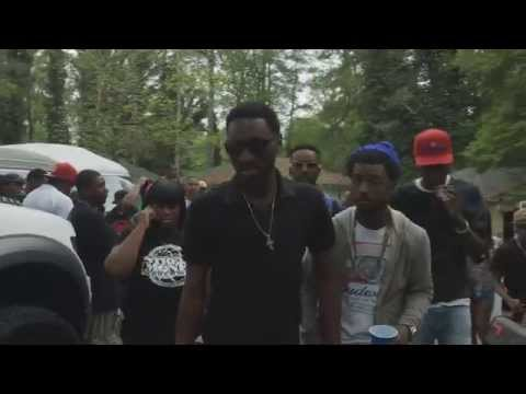 Bankroll Fresh ft  Boochie and Travis Porter - Walked In