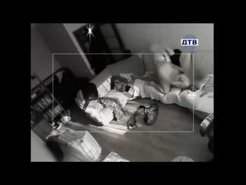 Смотреть скрытая камера мужа слежка за изменой женой, жена сексуальная рабыня