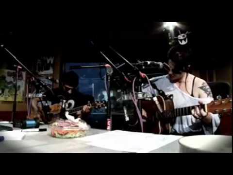 Spinnerette - Do You Wanna Dance? (Triple J Live)