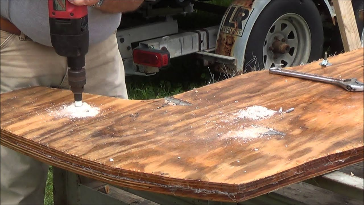 Transom Boards Replace 11 Youtube