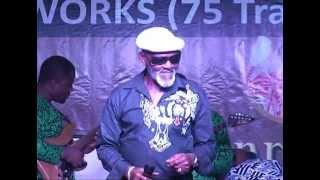 Fatai Rolling Dollars serenades Victor Olaiya.