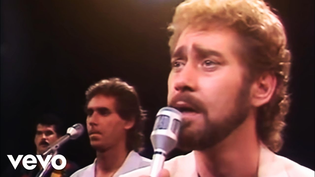 Earl Thomas Conley Holding Her And Loving You Official Video Youtube
