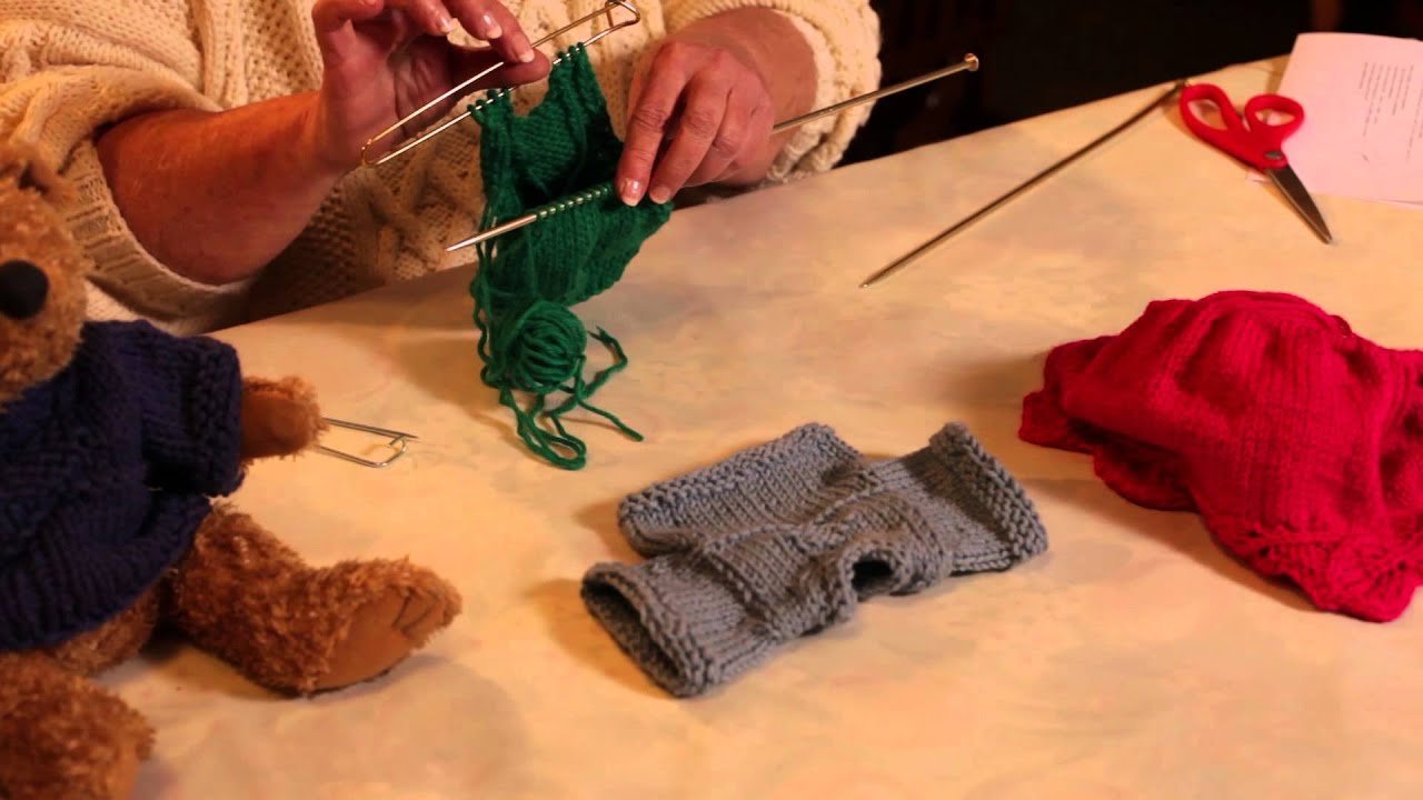 648d94d85544 How to Knit a Sweater in a Round From the Bottom Up   Knitting ...