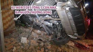 Kinh hoàng xe Mercedes lao vào 3 nhà dân ở Bình Phước, 3 người thương vong