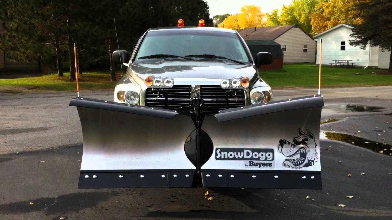 SnowDogg V-Blade Snow Plow by Buyers. - YouTube