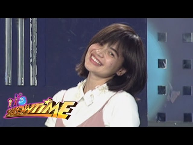 It's Showtime: Vice notices Anne's new hairstlye