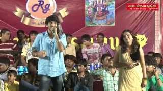 TARI PAGHDEYE MAN MARU MOHYU RE MALDHARI | Gaman Santhal | kajal Maheriya | Live 2015 |