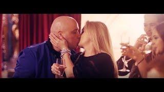 Смотреть клип Катя Кокорина И Доминик Джокер - Новый День И Новый Год