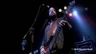 Rusted Root - Suspicious Minds - Live at the Rave