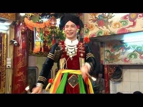 Cau Hung hau 12 thang 2 nam 2016