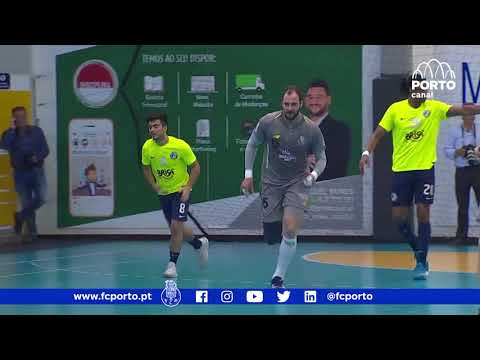 Andebol: FC Porto Vitalis 28-25 Sporting (23-03-2013) from YouTube · Duration:  4 minutes 38 seconds