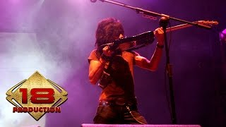 Slank - Virus  (Live Konser Bontang Kaltim 12  Desember 2006)