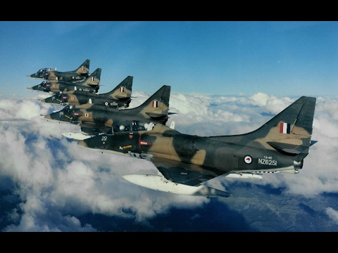Don Simms on the RNZAF Skyhawks