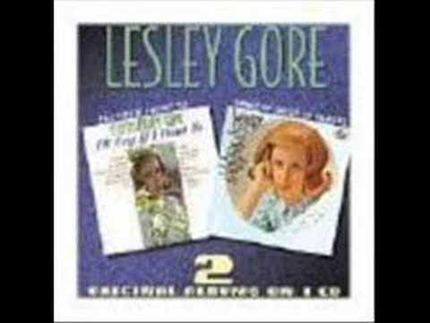 Lesley Gore - Look of Love w/ LYRICS