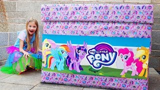 BIGGEST mystery box MY LITTLE PONY Ava Toy Show