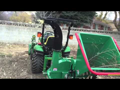 Chip off the ol' block - Woodmaxx TM86H and John Deere 1 Series