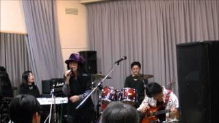 """ユーミンの「あの日に帰りたい」をやま子さんとギターシンセサイザーでライブ演奏してみました。 Eddie arranged and played """"Anohini kaeritai"""" by Yuming using guitar ..."""