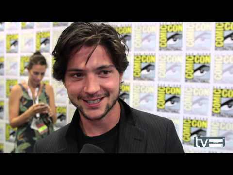 The 100 CW: Thomas McDonell