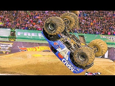 Best of Monster Trucks 2018 - Grave Digger, Superman, Maximum Destruction, Batman
