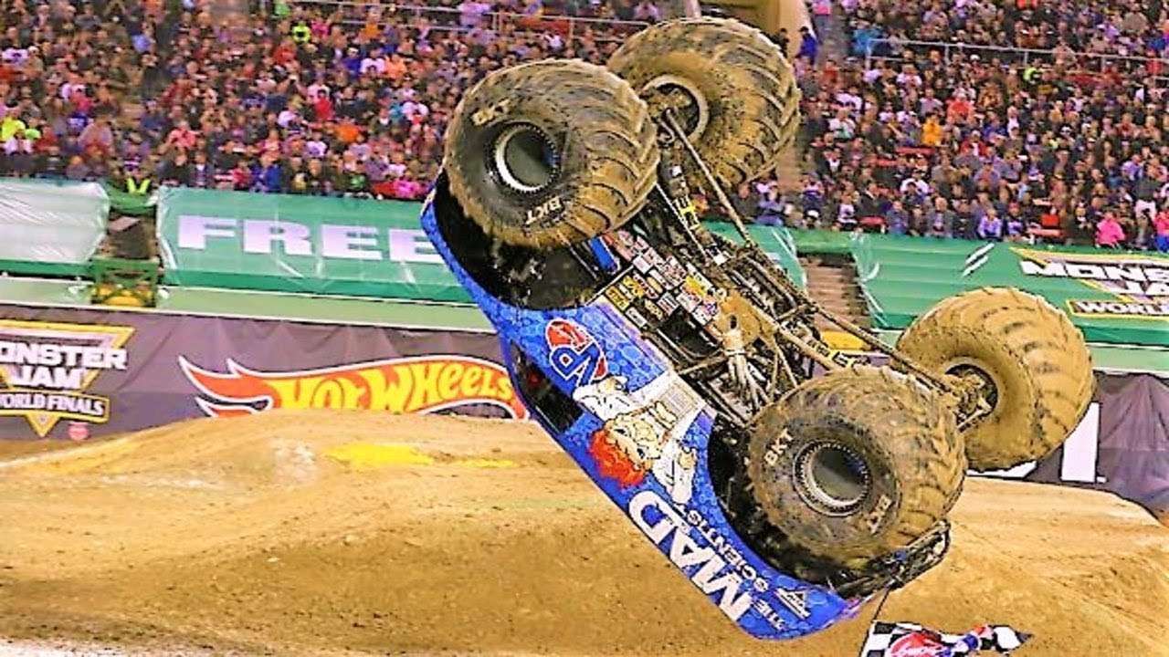 Download Best of Monster Trucks 2018 - Grave Digger, Superman, Maximum Destruction, Batman