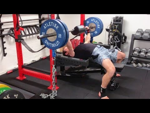 Bench Press With Shoulder-Saver Pad