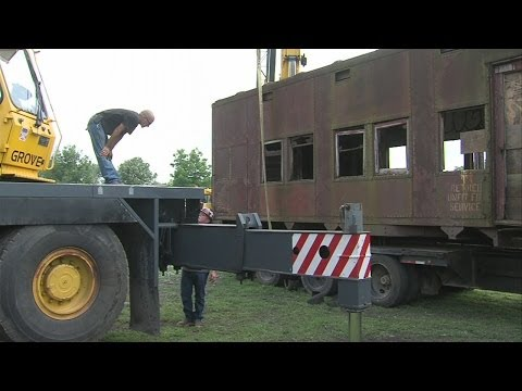 Antique sleeper car finds new home at Terre Haute museum