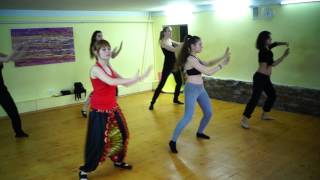 репетиция индийского танца