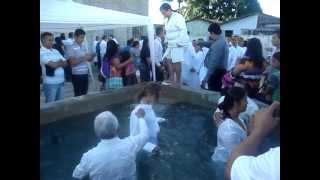 Batismo nas águas - Assembleia de Deus Madureira Campo Cristo Redentor. 30/06/2013