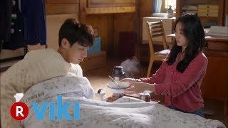Video The Man Living in Our House - EP 11 | Soo Ae Takes Care of Sick Kim Young Kwang download MP3, 3GP, MP4, WEBM, AVI, FLV Januari 2018