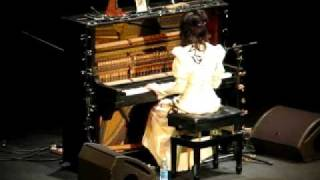PJ Harvey - The Mountain - Live in Moscow