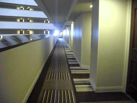 Hyatt Regency Houston - A Room Tour And Elevator Ride