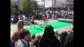 Tytöt sirkus kuopio 10.08.